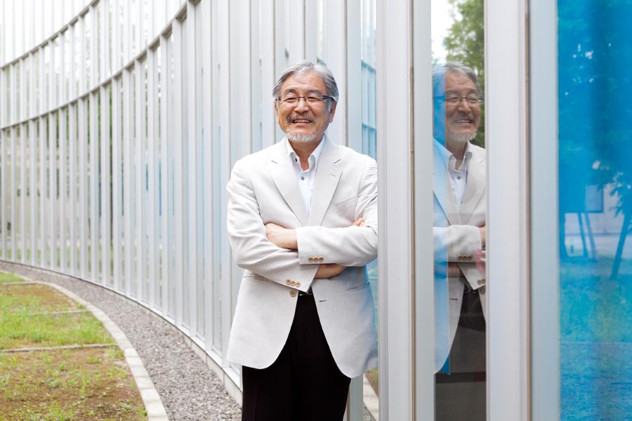 中島 憲一郎教授