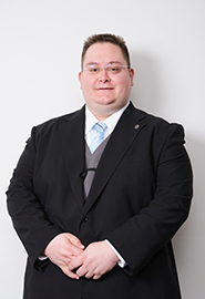 Virág Viktor講師